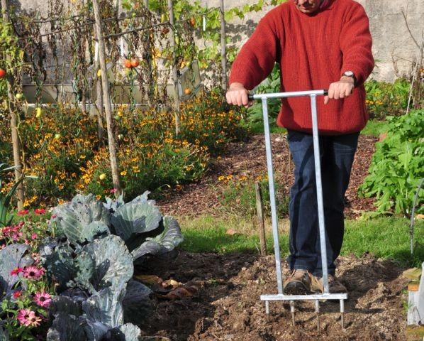 travail du sol sans retournement, à la bio-bêche